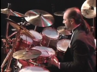 Marvin Smitty Smith and Steve Smith - Drum Solo Duet (HQ)